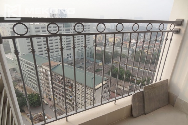 Stunning apartment with 2 bedroom and big balcony for rent in Vinhomes Nguyen Chi Thanh 8