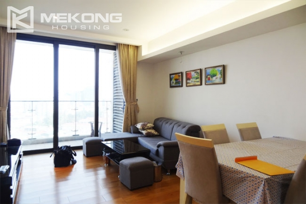 Stunning apartment with 2 bedrooms for rent in Indochina Plaza Hanoi 2