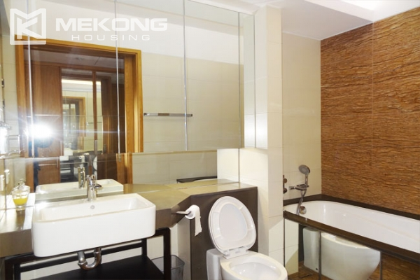 Stunning apartment with 2 bedrooms for rent in Indochina Plaza Hanoi 6