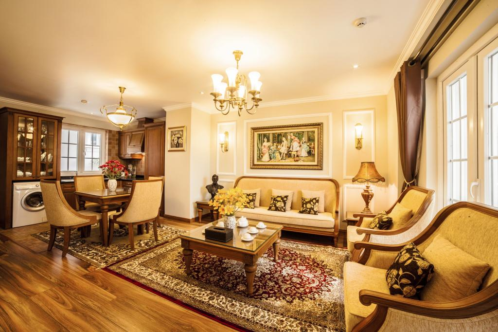 Stunning apartment with 2 bedrooms for rent in Thai Phien street, Hai Ba Trung district