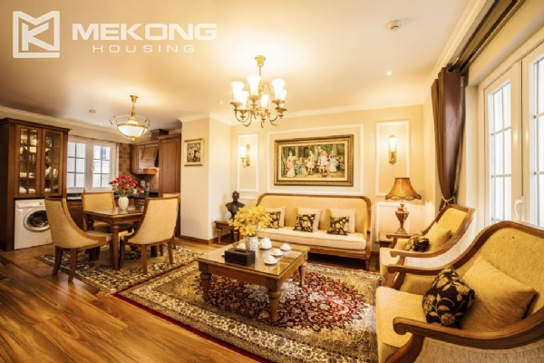 Stunning apartment with 2 bedrooms for rent in Thai Phien street, Hai Ba Trung district 1