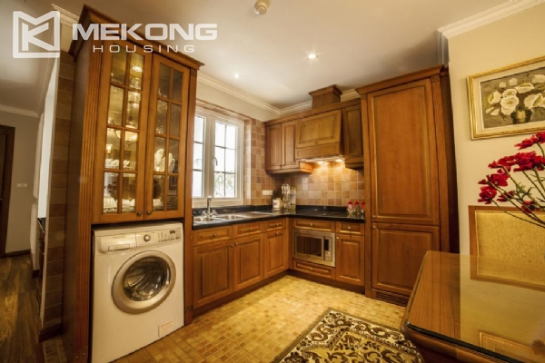 Stunning apartment with 2 bedrooms for rent in Thai Phien street, Hai Ba Trung district 3