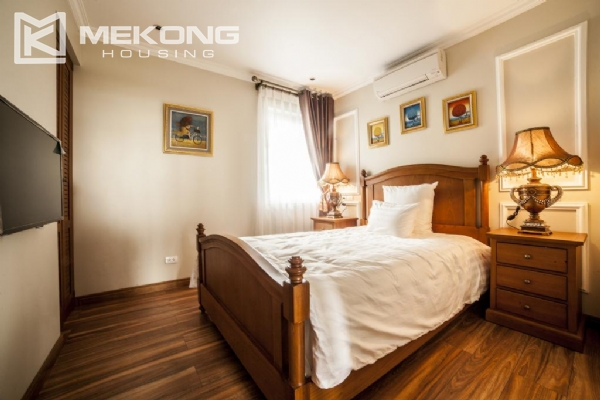 Stunning apartment with 2 bedrooms for rent in Thai Phien street, Hai Ba Trung district 10