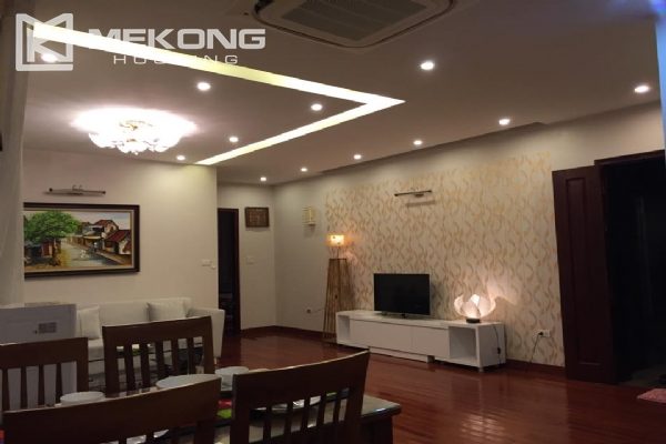 Stunning serviced apartment with 2 bedrooms for rent in Trich Sai street, Tay Ho district, Hanoi 3