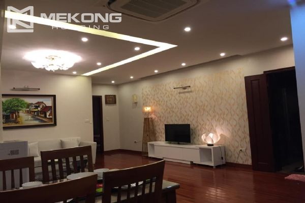 Stunning serviced apartment with 2 bedrooms for rent in Trich Sai street, Tay Ho district, Hanoi 4