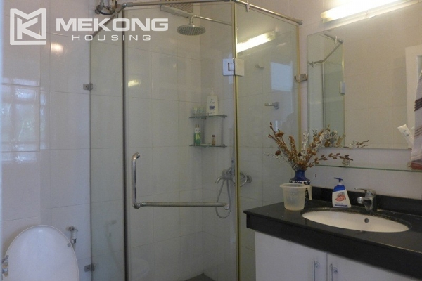 Style villa to rent with swimming pool in Au Co street, Tay Ho 4