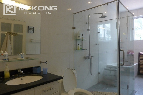 Style villa to rent with swimming pool in Au Co street, Tay Ho 18
