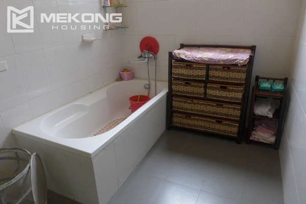 Style villa to rent with swimming pool in Au Co street, Tay Ho 19