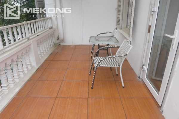 Style villa to rent with swimming pool in Au Co street, Tay Ho 20