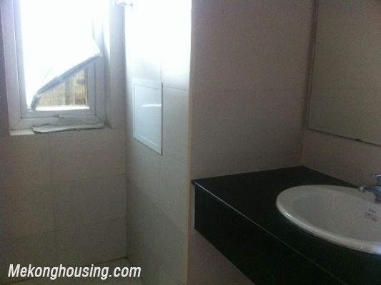 Three bedroom apartment for rent in Xuan Thuy street, Cau Giay district, Hanoi. 6