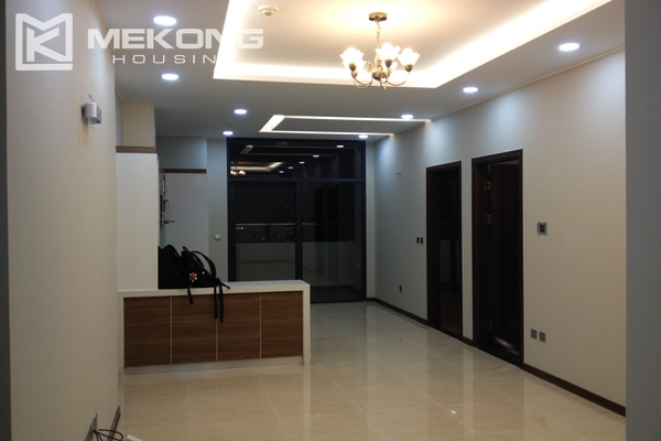 Trang An Complex apartment for rent with 2 bedrooms 1