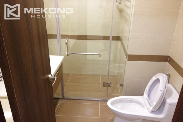 Trang An Complex apartment for rent with 2 bedrooms 5