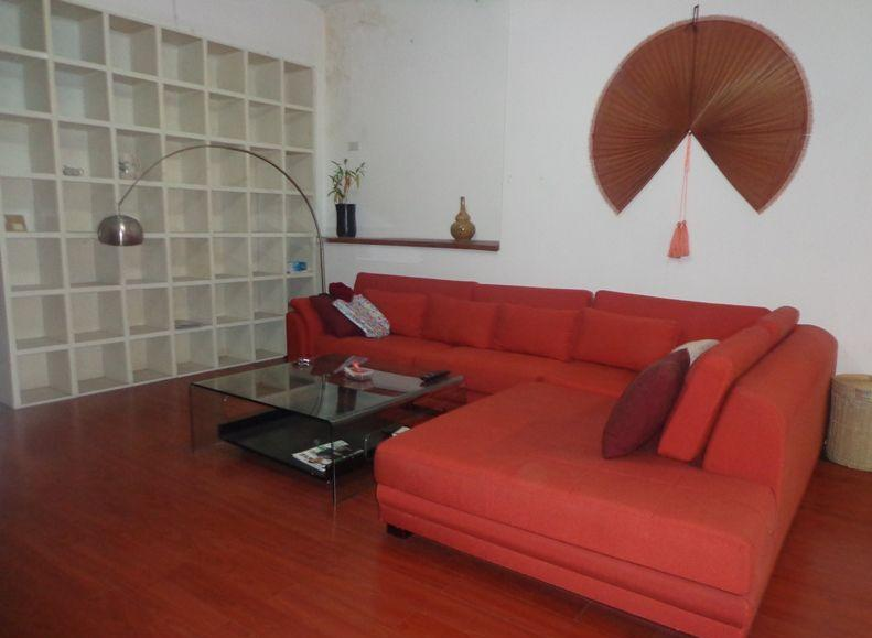 Two bedrooms apartment for rent in Doi Nhan street, Ba Dinh district, Hanoi