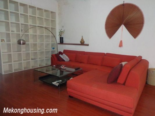 Two bedrooms apartment for rent in Doi Nhan street, Ba Dinh district, Hanoi 3