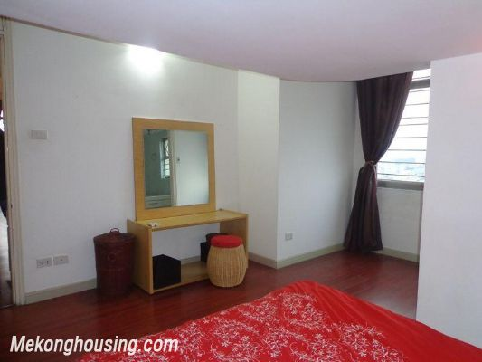 Two bedrooms apartment for rent in Doi Nhan street, Ba Dinh district, Hanoi 19