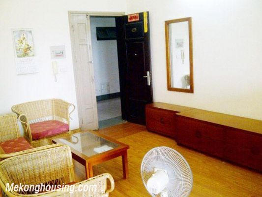 Two bedrooms apartment for rent in Hoang Hoa Tham street, Ba Dinh district, Hanoi 1