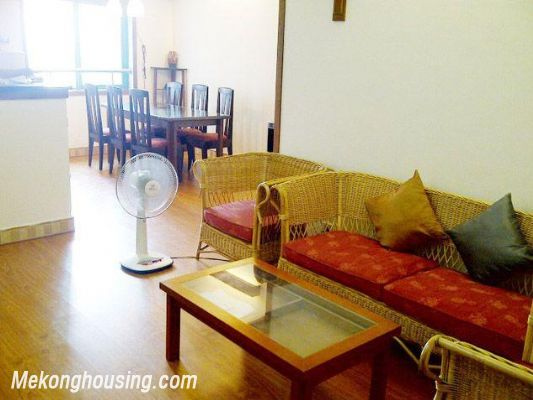 Two bedrooms apartment for rent in Hoang Hoa Tham street, Ba Dinh district, Hanoi 2