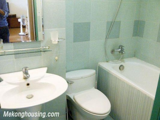 Two bedrooms apartment for rent in Hoang Hoa Tham street, Ba Dinh district, Hanoi 11