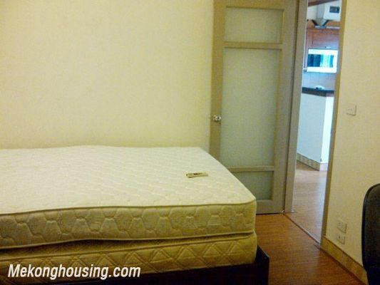 Two bedrooms apartment for rent in Hoang Hoa Tham street, Ba Dinh district, Hanoi 14