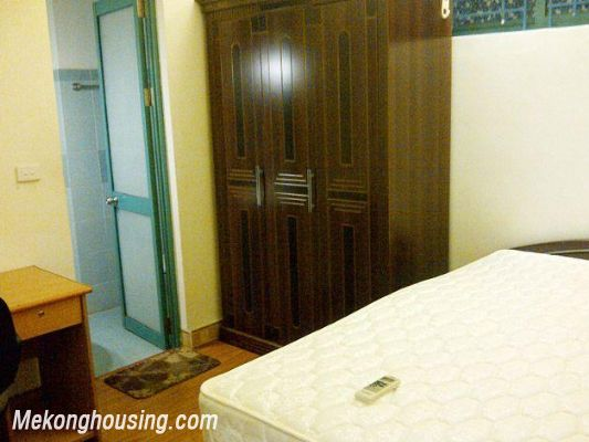 Two bedrooms apartment for rent in Hoang Hoa Tham street, Ba Dinh district, Hanoi 9