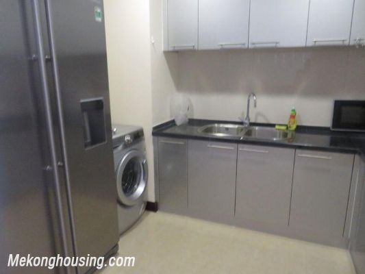 Two bedrooms apartment for rent in Royal City, Nguyen Trai, Thanh Xuan, Hanoi 3