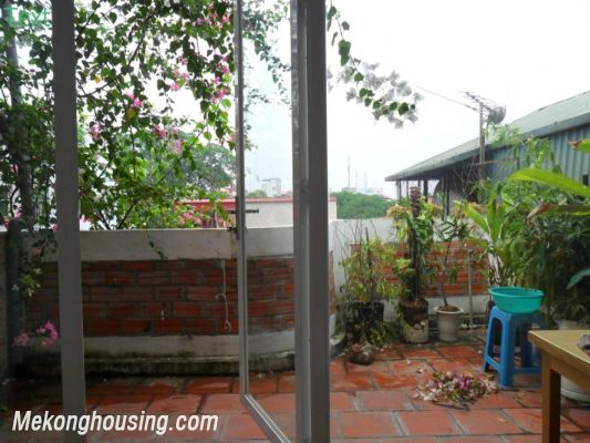 Two bedrooms apartment with large balcony for rent in Van Mieu, Dong Da, Hanoi 11
