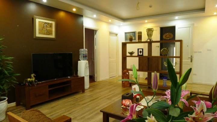 Two bedrooms serviced apartment for rent in Thuy Khue street, Ba Dinh district, Hanoi