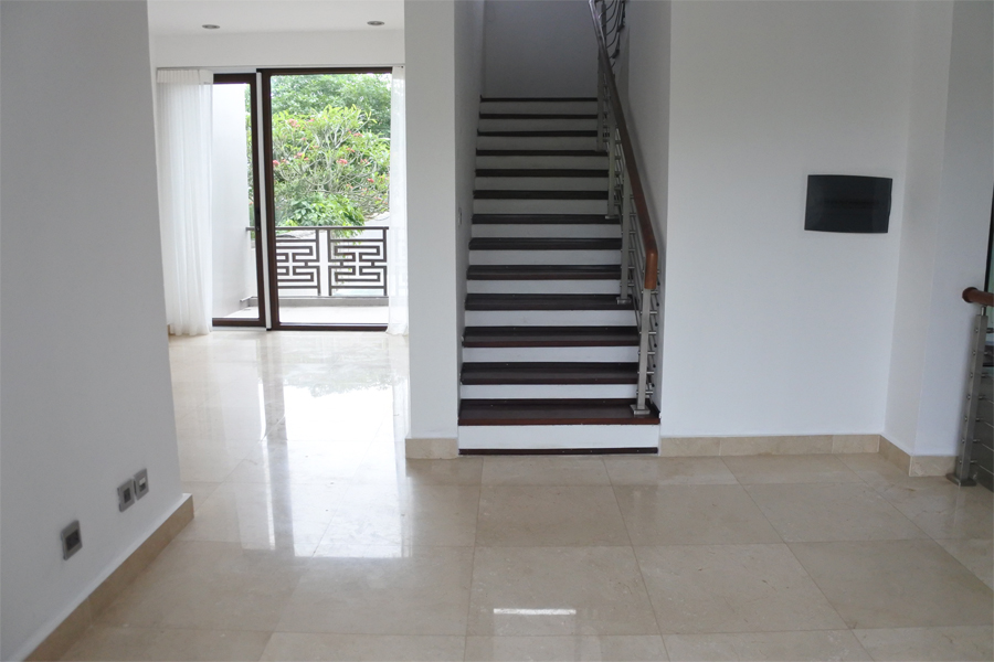 Unfurnished villa for rent with 5 bedrooms for rent in Q block, Ciputra Hanoi 7