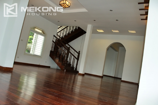 Unique villa for rent with 6 bedrooms in Tay Ho district 5