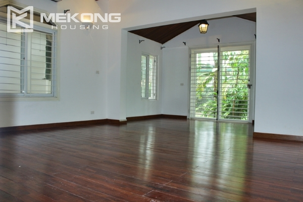 Unique villa for rent with 6 bedrooms in Tay Ho district 7