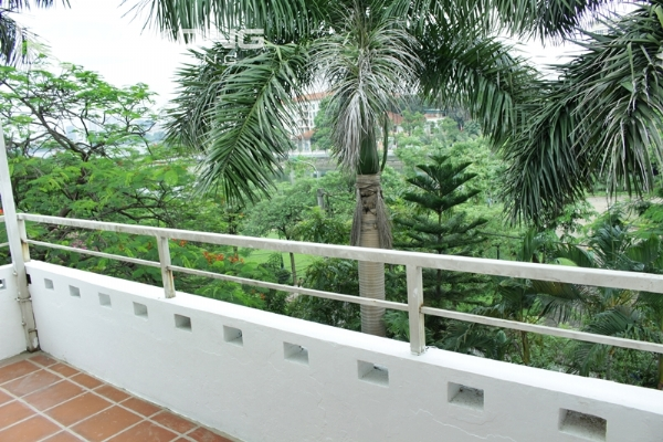 Unique villa for rent with 6 bedrooms in Tay Ho district 16
