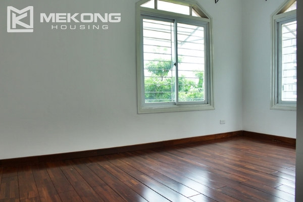Unique villa for rent with 6 bedrooms in Tay Ho district 18
