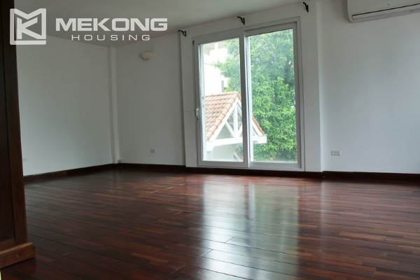 Unique villa for rent with 6 bedrooms in Tay Ho district 19