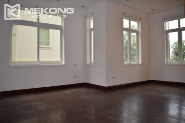 Unique villa with swimming pool in Nghi Tam 12