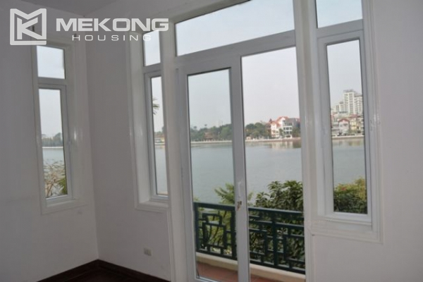 Unique villa with swimming pool in Nghi Tam 2