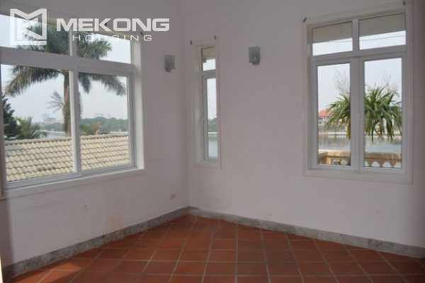 Unique villa with swimming pool in Nghi Tam 6