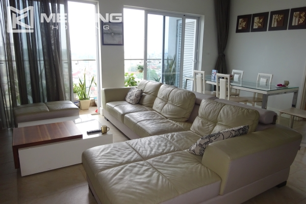 Very beautiful lake view apartment with 3 bedrooms in Golden Westlake 6