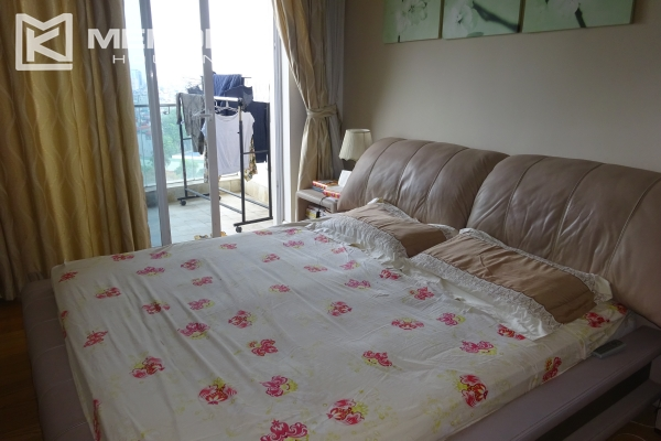Very beautiful lake view apartment with 3 bedrooms in Golden Westlake 9