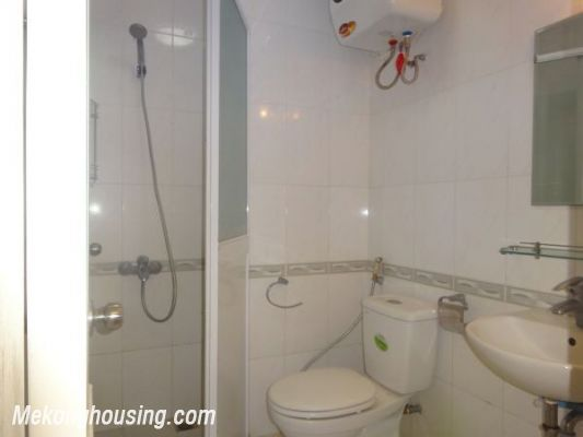 Very Cheap Apartment For Rent in 713 Lac Long Quan 4