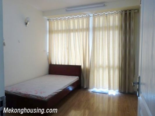 Very Cheap Apartment For Rent in 713 Lac Long Quan 5