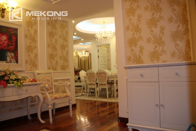 Very nice and spacious apartment for rent in E tower Ciputra 1