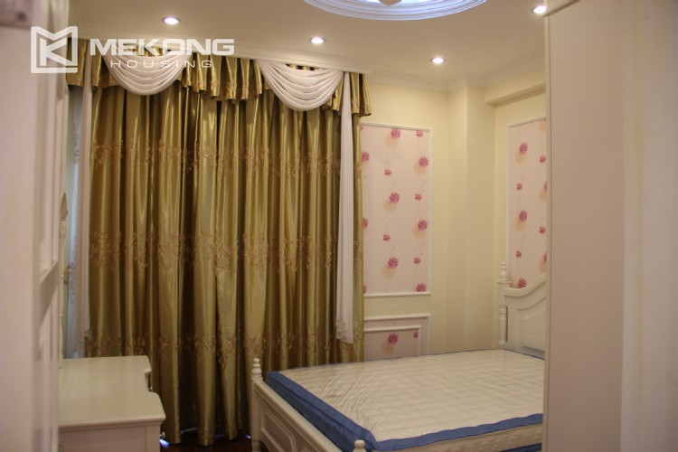 Very nice and spacious apartment for rent in E tower Ciputra 3