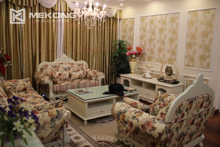 Very nice and spacious apartment for rent in E tower Ciputra 4