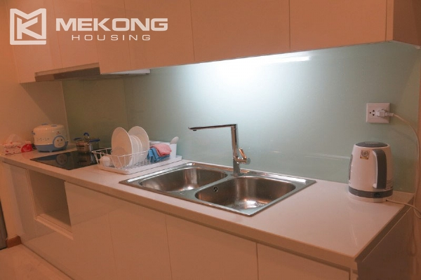 Well decorated apartment with 2 bedrooms on high floor in Vinhomes Nguyen Chi Thanh 4