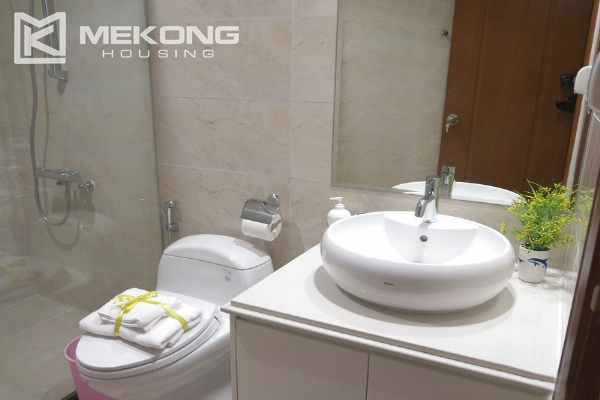 Well decorated apartment with 2 bedrooms on high floor in Vinhomes Nguyen Chi Thanh 6