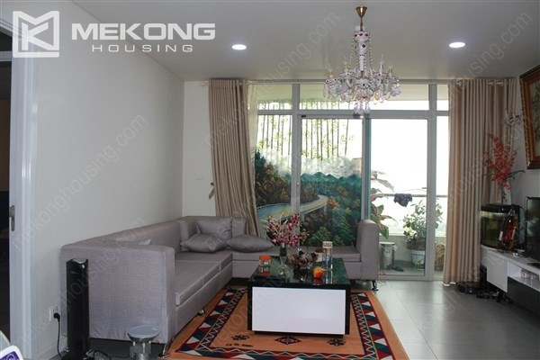 Well decorated apartment with 3 bedrooms on high floor in Watermark Westlake, Lac Long Quan 1