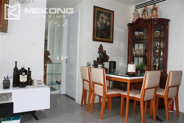 Well decorated apartment with 3 bedrooms on high floor in for Well decorated bedroom