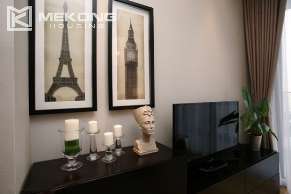 Well designed and furnished 2 bedroom apartment for rent in Indochina Plaza Hanoi (IPH) 7