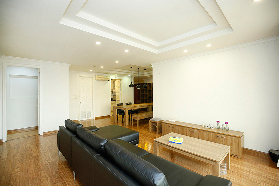 Well designed apartment with 4 bedrooms for rent in G2 tower, Ciputra Hanoi 3