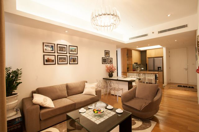 Well furnished and spacious apartment with 2 bedrooms in Indochina Plaza Hanoi